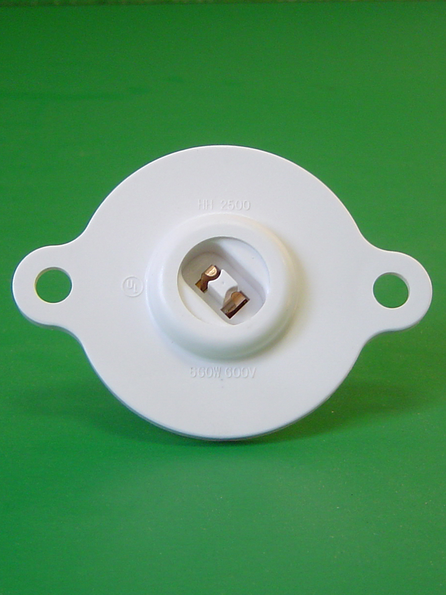Recessed Double Contact Power Grove Turret Socket 600W