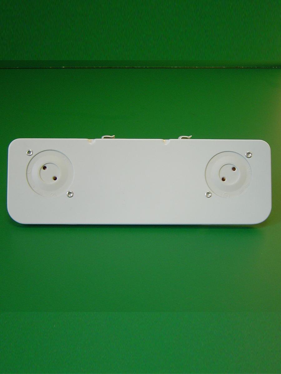 2 Light Shunted Bi-Pin Stationary End